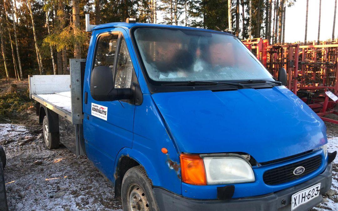 Ford Transit 100L avolava DSL – MOOTTORIVIKA