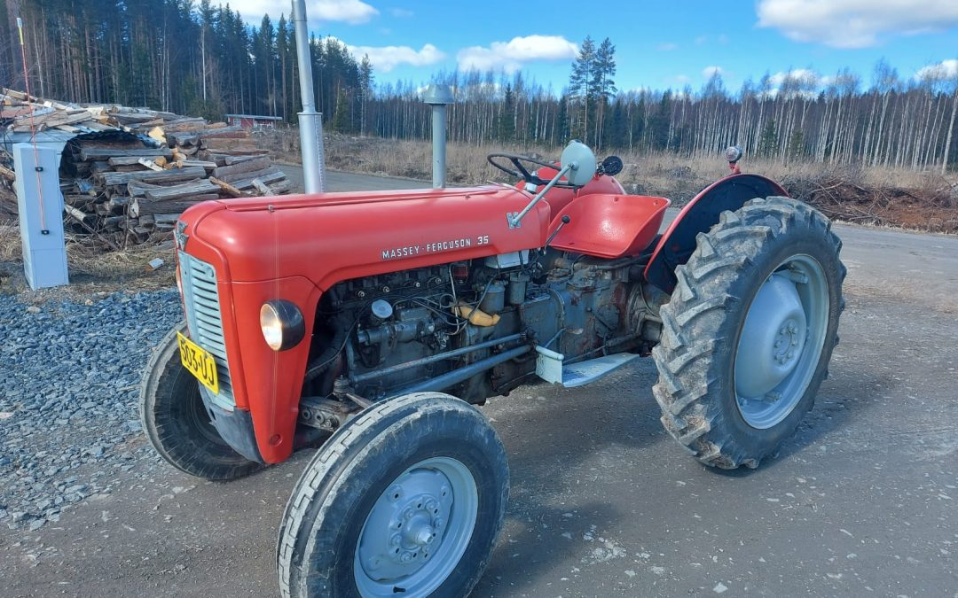 Massey Ferguson 35 traktori – VIDEO