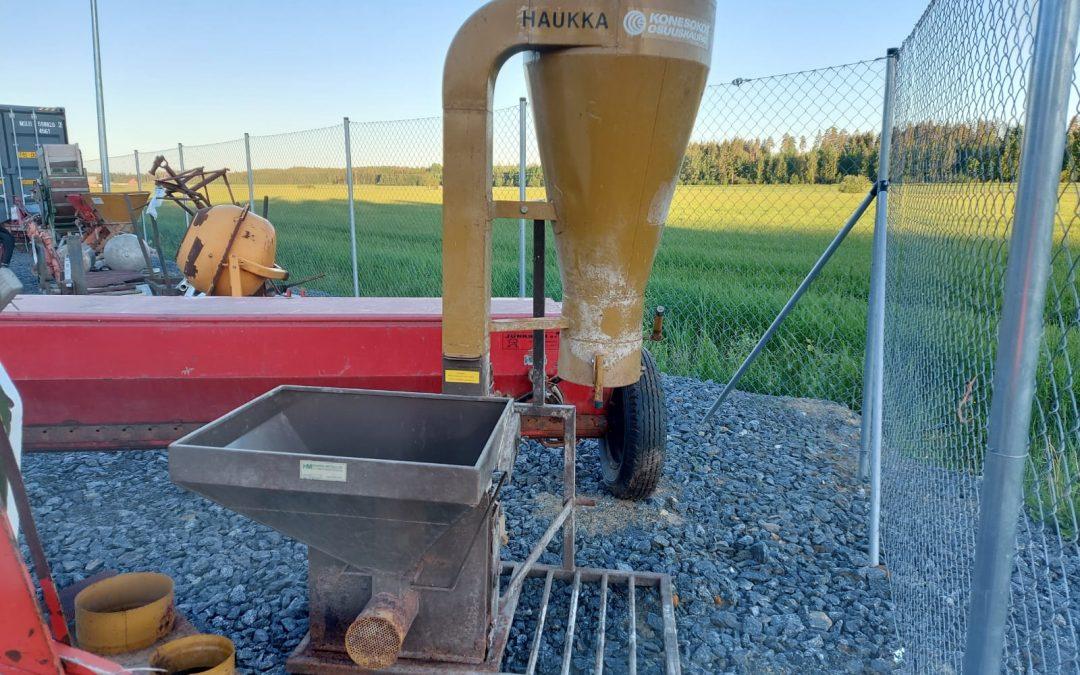 Haukka jauhomylly – traktorikäyttöinen