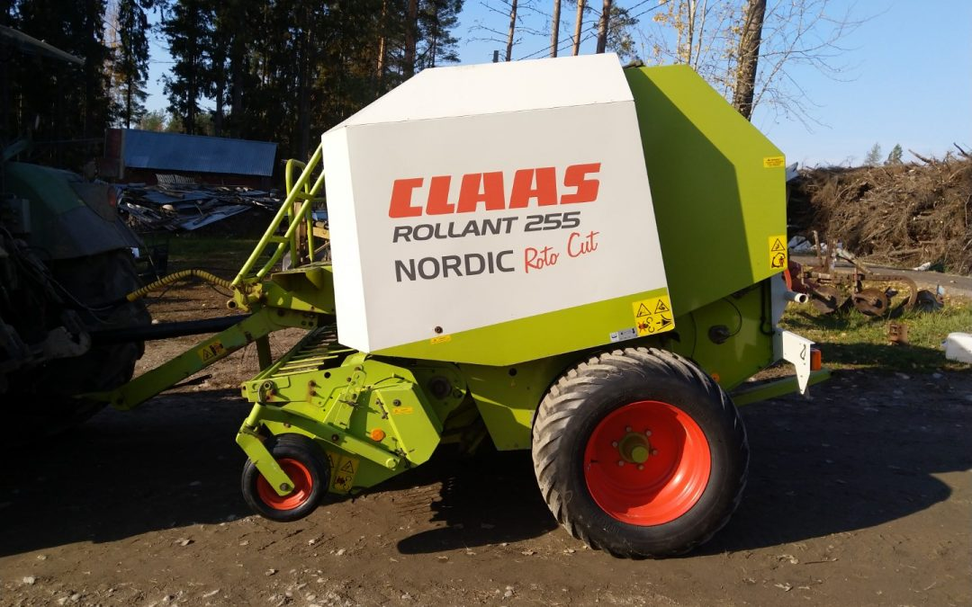 Claas Rollant 255 Nordic Roto Cut – VIDEO