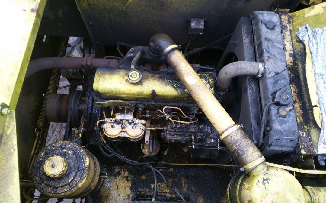 FORD 2712 E moottori – toimiva – VIDEO