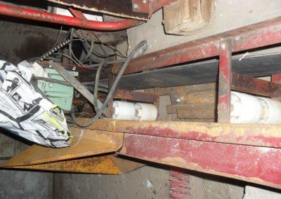 2,5m elevaattori korkeilla kumikolilla ja allenusvaihdemoottorilla (2)