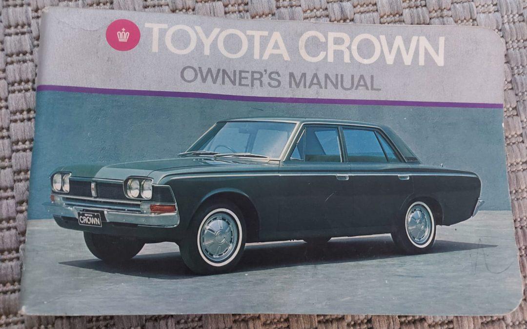 Toyota Crown ohjekirja