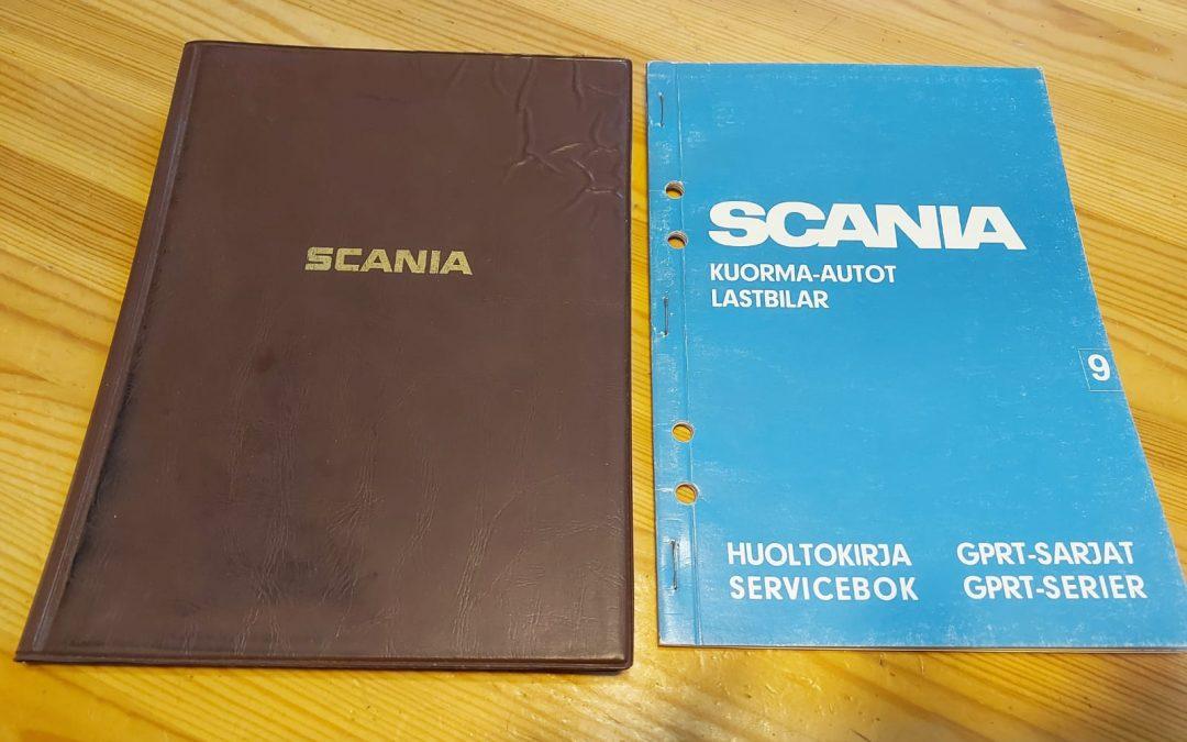 Scania GPRT-sarjan / 2-sarjan huoltokirja ja muovitasku