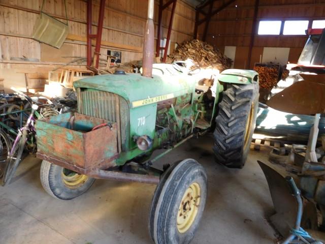 John Deere 710 -66 traktori, myydään asiakkaan lukuun