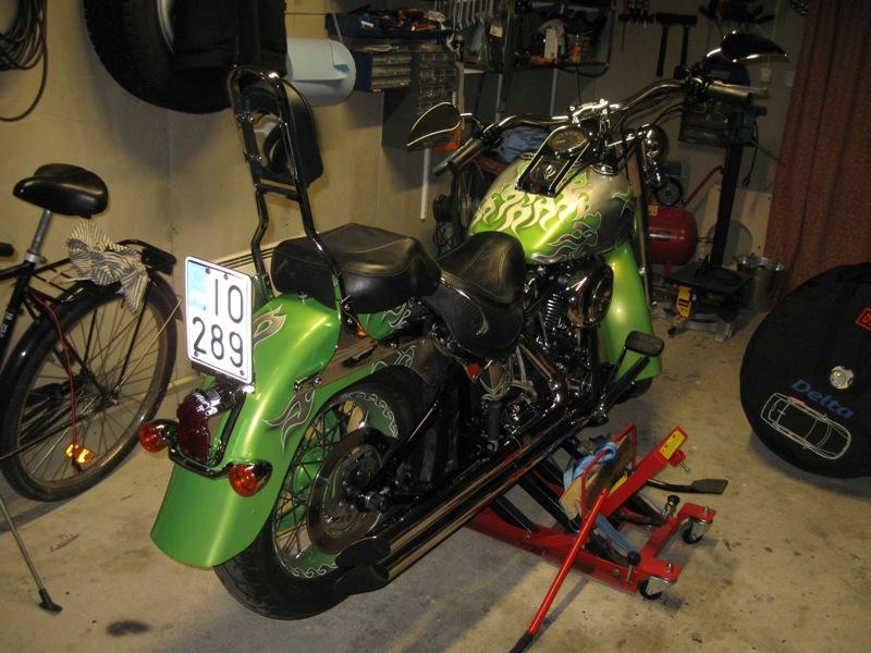 Harley Davidson Softail Deluxe FLSTNI -05, myydään asiakkaan lukuun